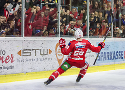 17.03.2019, Stadthalle, Klagenfurt, AUT, EBEL, EC KAC vs HCB Suedtirol Alperia, Viertelfinale, 3. Spiel, im Bild Matt NEAL (EC KAC, #50) // during the Erste Bank Icehockey 3rd quarterfinal match between EC KAC and HCB Suedtirol Alperia at the Stadthalle in Klagenfurt, Austria on 2019/03/17. EXPA Pictures © 2019, PhotoCredit: EXPA/ Gert Steinthaler