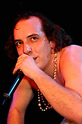 Har Mar Superstar performs Carling Academy, Islington, 2004