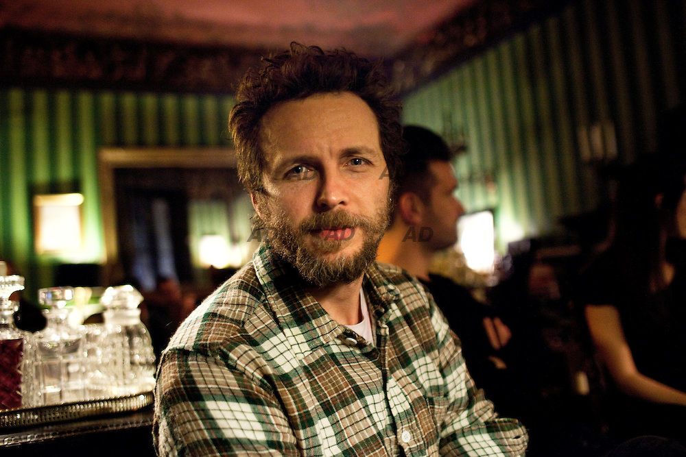 Jovanotti at La Casa dei Demoni. .La casa dei demoni (The house of demons) is in a private apartment of seven hundred and fifty square meters, ten minutes from the Duomo. The owner is Oliviero Leti, PR and event organizer who has decided to turn his apartment into an open place, where he host a selection of very few guests.