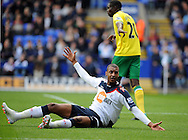 Picture by Chris Donnelly/Focus Images Ltd. 07500 903009 .17/9/11.David N Gog appeals for a penalty in the first half during the Barclays Premier League match at Reebok stadium, Bolton.