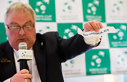Tom Kinloch holding paper with name Mike Urbanija written on it during Official Draw of Davis Cup 2018 Europe/Africa zone Group II between Slovenia and Turkey, on April 6, 2018 in Portoroz / Portorose, Slovenia. Photo by Vid Ponikvar / Sportida