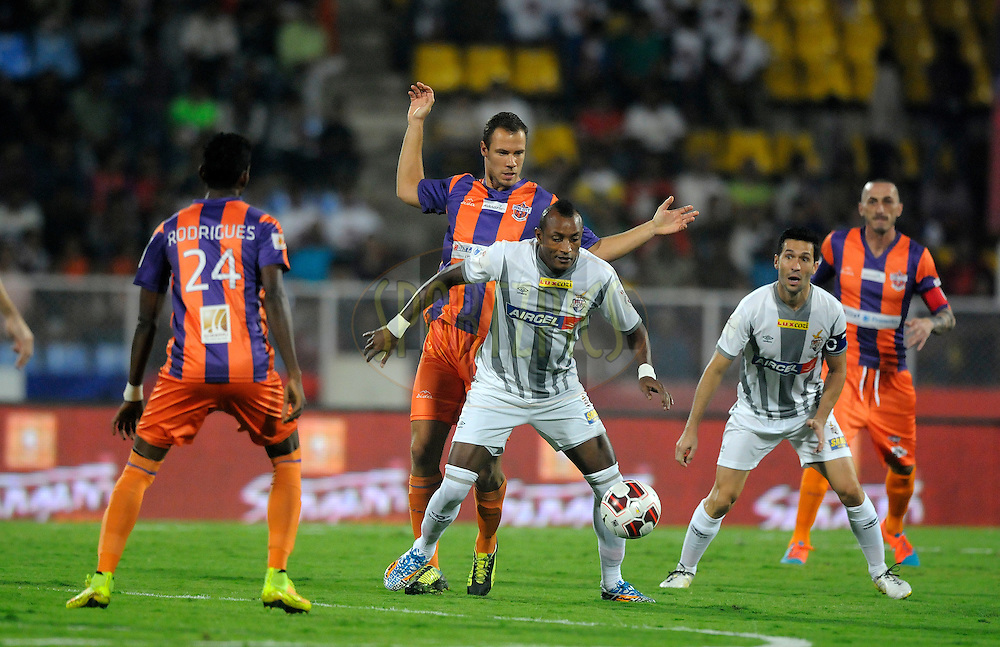 Fikru Tefera Lemessa of Atletico de Kolkata and Krisztian Vadocz of Pune City during match 44 of the Hero Indian Super League between FC Pune City and Atletico de Kolkata FC held at the Shree Shiv Chhatrapati Sports Complex Stadium, Pune, India on the 29th November 2014.<br /> <br /> Photo by:  Pal Pillai/ ISL/ SPORTZPICS