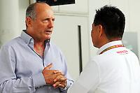 (L to R): Ron Dennis (GBR) McLaren Executive Chairman with Yasuhisa Arai (JPN) Honda Motorsport Chief Officer.<br /> Japanese Grand Prix, Sunday 5th October 2014. Suzuka, Japan.
