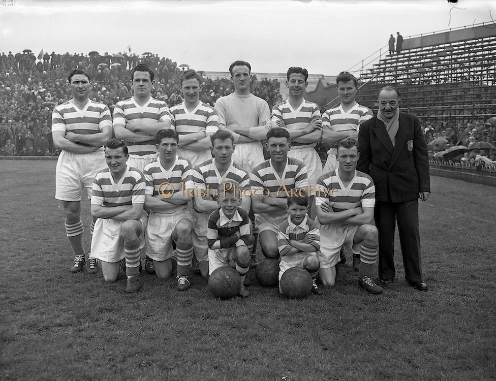 28/04/1957<br /> 04/28/1957<br /> 28 April 1957<br /> F.A.I. Cup Final: Shamrock Rovers v Drumcondra at Dalymount Park, Dublin. the Shamrock Rovers team.
