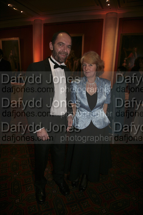DNA scientist Great Briton of the Year Prof. Sir Alec Jeffreys and Sue Jeffreys, Morgan Stanley Great Briton 2006. The Guildhall. Basinghall st. London. 18 January 2006. h by Dafydd Jones. 248 Clapham Rd. London SW9 0PZ. Tel 0207 820 0771. www.dafjones.com.