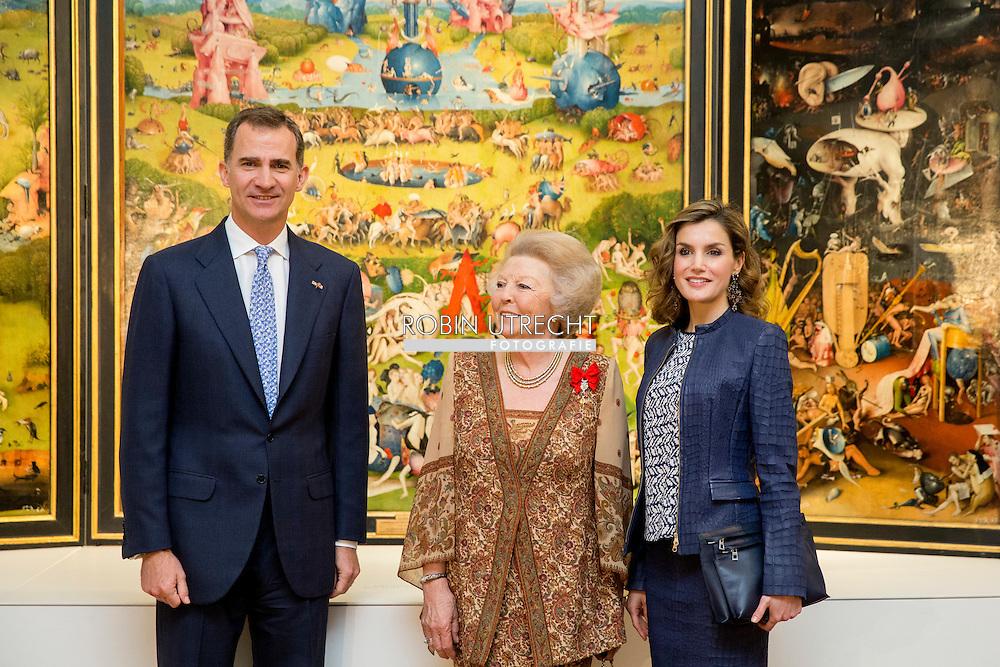 30-5-2016 MADRID SPAIN - Princess Beatrix of the Netherlands is Monday May 30, 2016 at the opening of the exhibition Bosch, the 5th Centenary Exhibition 'at the Prado Museum in Madrid. The exhibition will be opened by King Felipe VI and Queen Letizia of Spain. COPYRIGHT ROBIN UTRECHT<br /> 30-5-2016 MADRID SPANJE - Prinses Beatrix der Nederlanden is maandagmiddag 30 mei 2016 aanwezig bij de opening van de tentoonstelling Bosch, the 5th Centenary Exhibition&rsquo; in het Prado Museum in Madrid. De tentoonstelling wordt geopend door Koning Felipe VI en Koningin Letizia van Spanje. COPYRIGHT ROBIN UTRECHT
