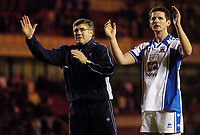 Photo: Jed Wee.<br /> Middlesbrough v Nuneaton Borough. The FA Cup. 17/01/2006.<br /> <br /> Nuneaton manager Roger Ashby (L) and captain Neil Moore applaud the fans.