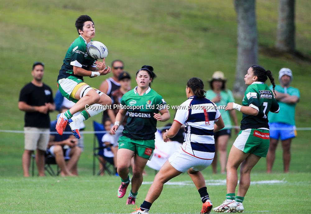 Manawatu womens Laurae Blake in action against Auckland, day 1, Baileys National Sevens, International stadium, Rotorua, New Zealand, 16 January 2016. Copyright photo: John Cowpland / www.photosport.nz