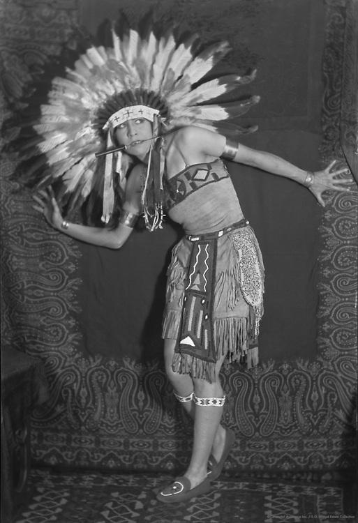 Princess White Deer, actress and dancer, 1921