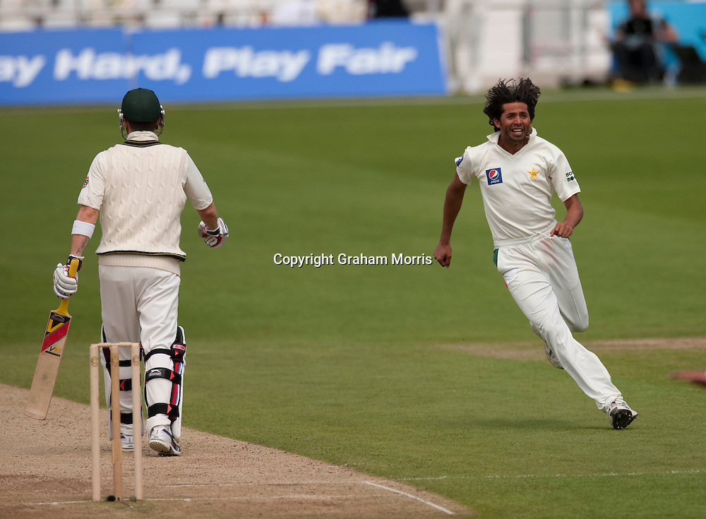 Mohammad Asif celebrates taking the wicket of Michael Clarke (left) during the second MCC Spirit of Cricket Test Match between Pakistan and Australia at Headingley, Leeds.  Photo: Graham Morris (Tel: +44(0)20 8969 4192 Email: sales@cricketpix.com) 23/07/10
