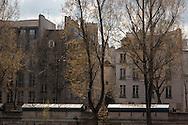 France. Paris. Archeveche bridge on the  Seine river  connect  left bank and ile de la cite / le pont de l archeveche sur la Seine entre l ile de la cite et la rive gauche