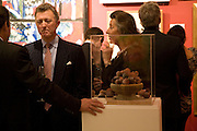 ANDREW HARGREAVES; FIONA HARGREAVES;  Preview of Greek Sale sponsored by Citibank. Sotheby's. New Bond st. London. 10 November 2008 *** Local Caption *** -DO NOT ARCHIVE -Copyright Photograph by Dafydd Jones. 248 Clapham Rd. London SW9 0PZ. Tel 0207 820 0771. www.dafjones.com