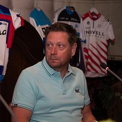 OOTMARSUM (NED) wielrennen<br /> Wielercafe in het Dorp van de Ronde Ootmarsum <br /> Jan Boven