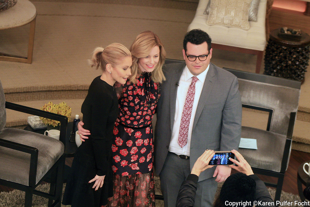 JOSH GAD was the guest host for KELLY RIPA this week on her show Live With Kelly. ELIZABETH BANKS was also a guest.