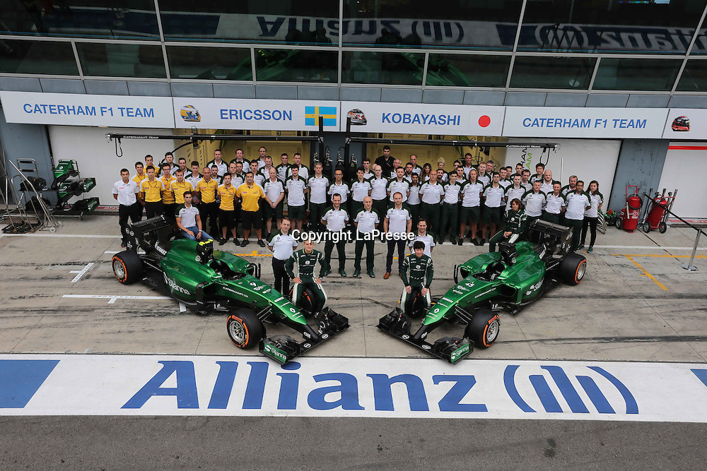 &copy; Photo4 / LaPresse<br /> 05/09/2014 Monza, Italy<br /> Sport <br /> Grand Prix Formula One Italy 2014<br /> In the pic: team pic with Kamui Kobayashi Caterham F1 Team CT-04 nad Marcus Ericsson (SUE) Caterham F1 Team CT-04
