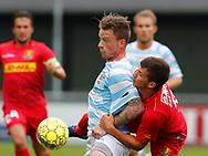 FODBOLD: Mathias Johannsen (FC Helsingør) i tæt duel med Karlo Bartolec (FC Nordsjælland) under træningskampen mellem FC Helsingør og FC Nordsjælland den 23. juni 2017 på Helsingør Stadion. Foto: Claus Birch