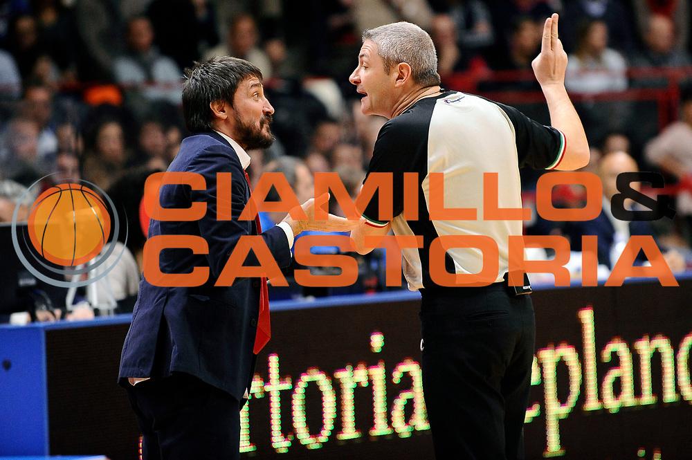 DESCRIZIONE : Varese Lega A 2014-2015 Openjob Metis Varese Banco di Sardegna Sassari<br /> GIOCATORE : Gianmarco Pozzecco Luigi Lamonica arbitro<br /> CATEGORIA : delusione fairplay arbitro<br /> SQUADRA : Openjob Metis Varese arbitro<br /> EVENTO : Campionato Lega A 2014-2015<br /> GARA : Openjob Metis Varese Banco di Sardegna Sassari<br /> DATA : 26/12/2014<br /> SPORT : Pallacanestro<br /> AUTORE : Agenzia Ciamillo-Castoria/Max.Ceretti<br /> GALLERIA : Lega Basket A 2014-2015<br /> FOTONOTIZIA : Varese Lega A 2014-2015 Openjob Metis Varese Banco di Sardegna Sassari<br /> PREDEFINITA :