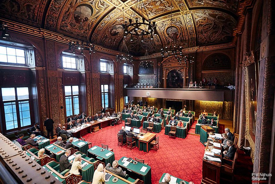 Den Haag, 14 oktober 2014 - Premier Mark Rutte en het kabinet in de eerste kamer bij het begin van de Algemene politieke Beschouwingen in het Senaat.<br /> Foto: Phil Nijhuis