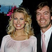 NLD/Amsterdam/20100929 - Pink Ribbon Gala 2010, Susan Smit en partner Peter Veldhoven