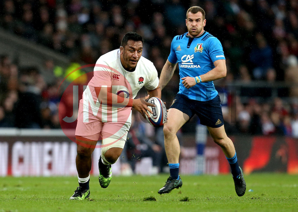 Mako Vunipola of England runs with the ball - Mandatory by-line: Robbie Stephenson/JMP - 26/02/2017 - RUGBY - Twickenham Stadium - London, England - England v Italy - RBS 6 Nations round three