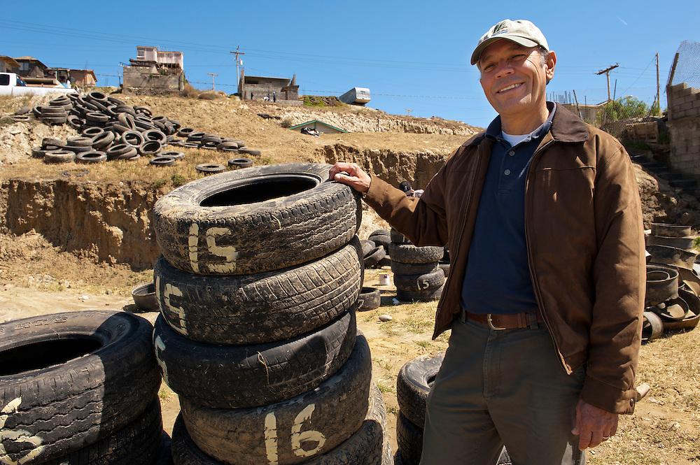 Oscar Romo, watershed Coordinator in Los Laureles Canyon, Tijuana. ..© Stefan Falke.http://www.stefanfalke.com/..