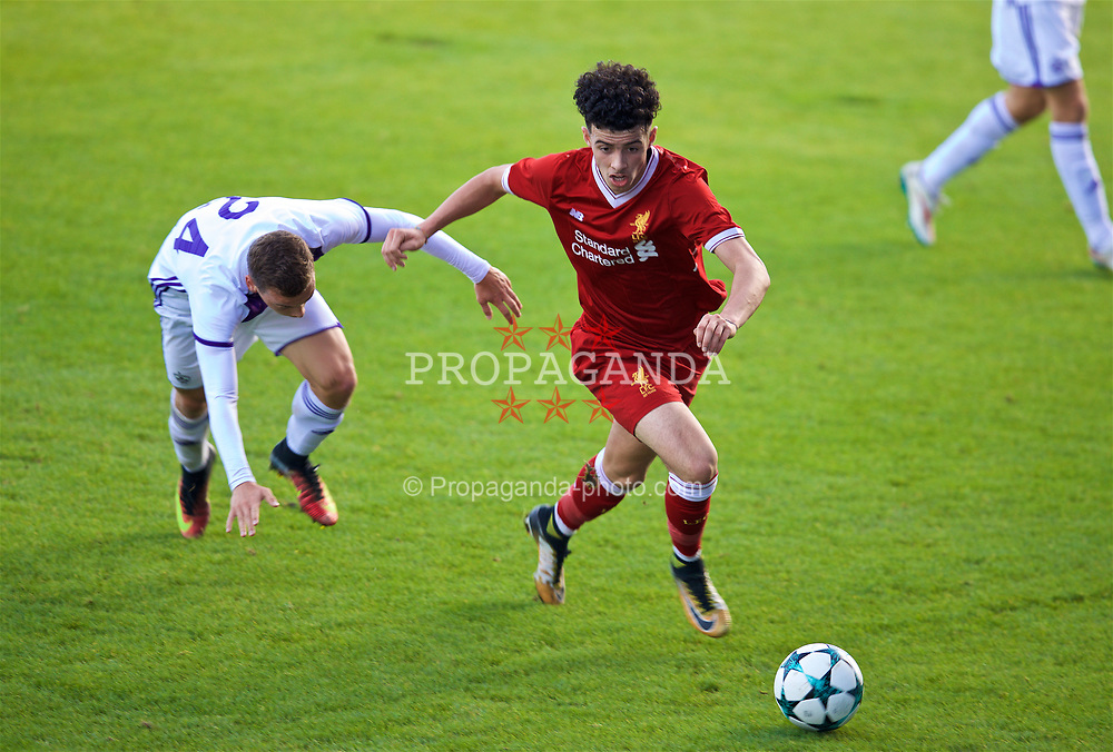BIRKENHEAD, ENGLAND - Wednesday, November 1, 2017: Liverpool's Curtis Jones during the UEFA Youth League Group E match between Liverpool and NK Maribor at Prenton Park. (Pic by David Rawcliffe/Propaganda)