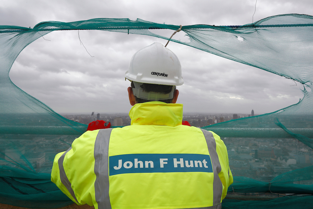 Centre Point. John F Hunt Demolition Site. London January 2016.<br /> <br />  (Photo - Zute Lightfoot)