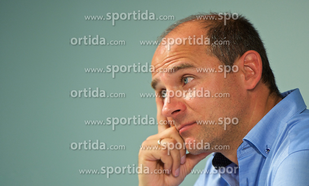 01.07.2015, Weserstadion, Bremen, GER, 1. FBL, SV Werder Bremen, Trainingsauftakt, im Bild Viktor Skripnik (Cheftrainer SV Werder Bremen) bei der Pressekonferenz // during a Trainingssession of German Bundesliga Club SV Werder Bremen at the Weserstadion in Bremen, Germany on 2015/07/01. EXPA Pictures © 2015, PhotoCredit: EXPA/ Andreas Gumz<br /> <br /> *****ATTENTION - OUT of GER*****