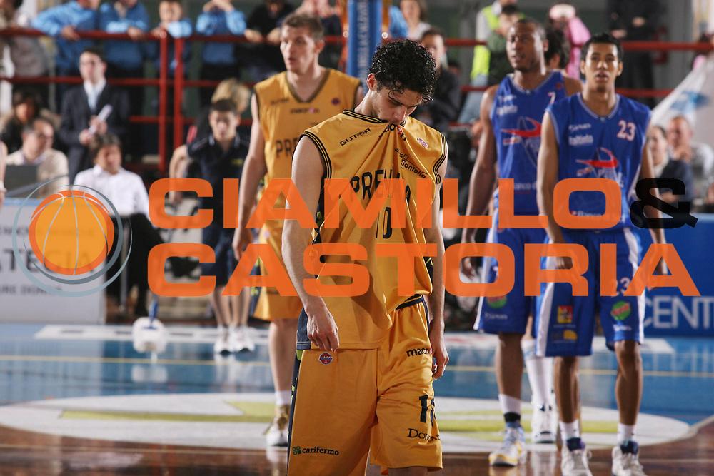 DESCRIZIONE : Porto San Giorgio Lega A1 2007-08 Premiata Montegranaro Pierrel Capo Orlando <br /> GIOCATORE : Luca Vitali <br /> SQUADRA : Premiata Montegranaro <br /> EVENTO : Campionato Lega A1 2007-2008 <br /> GARA : Premiata Montegranaro Pierrel Capo Orlando <br /> DATA : 29/03/2008 <br /> CATEGORIA : Delusione <br /> SPORT : Pallacanestro <br /> AUTORE : Agenzia Ciamillo-Castoria/G.Ciamillo