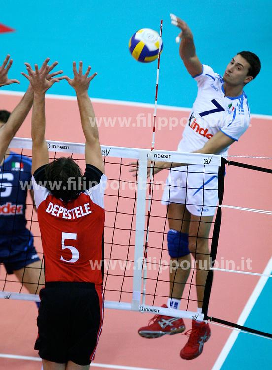 Alessandor Paparoni in attacco.Italia - Belgio.Campionati europei volley 2007.Foto Filippo Rubin.Agenzia Galbiati