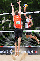 09-06-2016 DUI: Smart Major Beach Volleyball World Tour, Hamburg<br /> Christiaan Varenhorst #2, Mariusz Prudel POL #1<br /> <br /> ***NETHERLANDS ONLY***