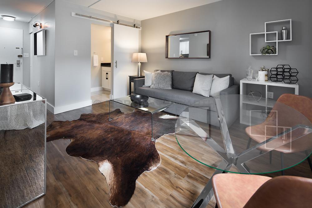 1718 P Street Livingroom