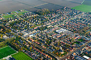 Nederland, Friesland, Het Bildt, gemeente Waadhoeke, 04-11-2018; Sint Annaparochie met in de dorpskern de Van Harenskerk. <br /> Village Sint Ann's parish.<br /> luchtfoto (toeslag op standaard tarieven);<br /> aerial photo (additional fee required);<br /> copyright © foto/photo Siebe Swart