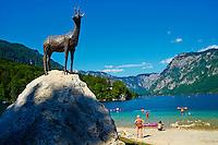 Slovenie, region de Gorenjska, Bohinj, parc national du Triglav, lac de Bohinj, statue de Zlatorog // Slovenia, Gorenjska region, Triglav National Park, Bohinj lake, Zlatorog statue
