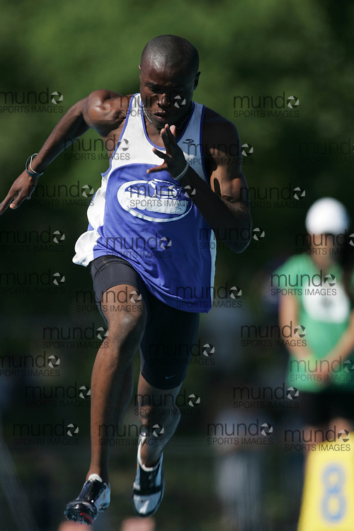 Segun Makinde winning the junior boys 200m final in record time at the 2007 OFSAA Ontario High School Track and Field Championships in Ottawa.