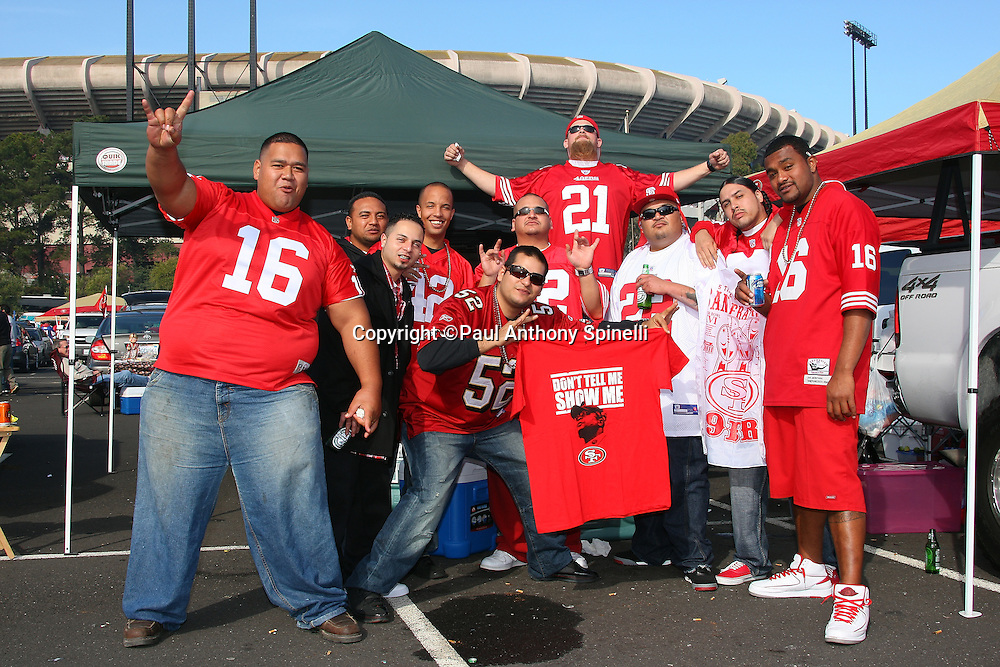 San Francisco 49ers fans tailgate prior to the NFL football game against the Tennessee Titans, November 8, 2009 in San Francisco, California. (©Paul Anthony Spinelli)