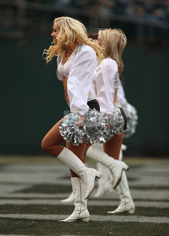 The Oakland Raiders cheerleaders perform during an NFL game on Sunday, Nov. 18, 2012 at the Oakland Coliseum in Oakland, Ca. (AP Photo/Jed Jacobsohn)