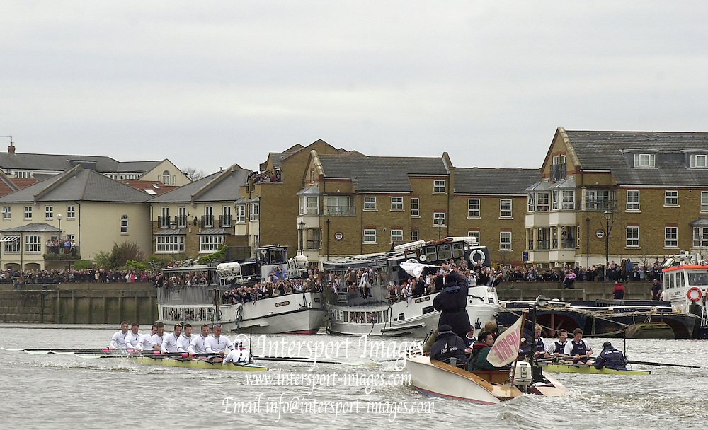 © Peter Spurrier / Sportsbeat images.email images@sportsbeat.co.uk - Tel +44 208 876 8611.2003 - Rowing - 149th Varsity Boat Race - Tideway Week .06/04/03 - Photo Peter Spurrier.Cambridge Surrey station left approach Chiswick Pier..