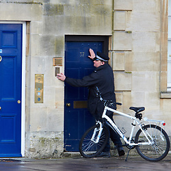 "© Licensed to London News Pictures.  13/02/2014. OXFORD, UK. Police evacuate surrounding buildings after a suspect package was received at the Army recruitment office in St Giles, Oxford. The package was one of seven received across the country in the last two days and has been described as ""crude but potentially viable with hallmarks of Northern Ireland-related terrorism. Photo credit: Cliff Hide/LNP"