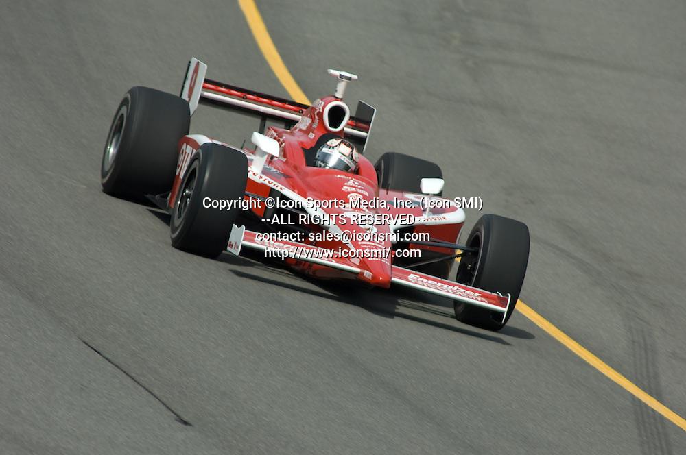 4 August 2007: Scott Dixon at the Firestone 400 at Michigan International Speedway, Brooklyn, Michigan