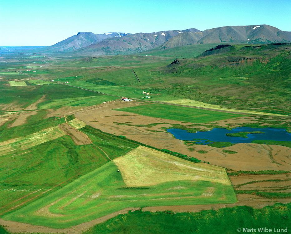 Höskuldsstaðir séð til norðurs, Skagabyggð áður Vindhælishreppur / Hoskuldsstadir viewing north, Skagabyggd former Vindhaelishreppur
