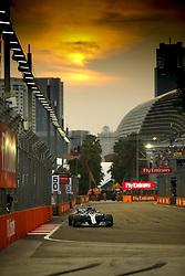 September 15, 2018 - Singapore, Singapore - Motorsports: FIA Formula One World Championship 2018, Grand Prix of Singapore, .#44 Lewis Hamilton (GBR, Mercedes AMG Petronas Motorsport), #44 Lewis Hamilton (GBR, Mercedes AMG Petronas Motorsport) (Credit Image: © Hoch Zwei via ZUMA Wire)