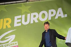 27.04.2019, Mariahilferstrasse, Wien, AUT, Die Grünen, Wahlkampfauftakt zur EU-Wahl. im Bild Robert Habeck (Bündnis 90/Die Grünen) // Robert Habeck (German Greens) during campaign opening of the Austrian Greens due to European Elections in Vienna, Austria on 2019/04/27. EXPA Pictures © 2019, PhotoCredit: EXPA/ Michael Gruber
