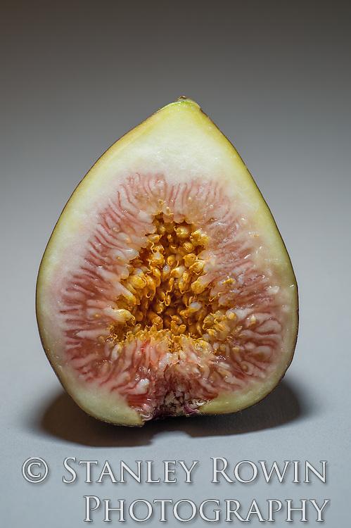 Studio photo Close-Up of cut fig