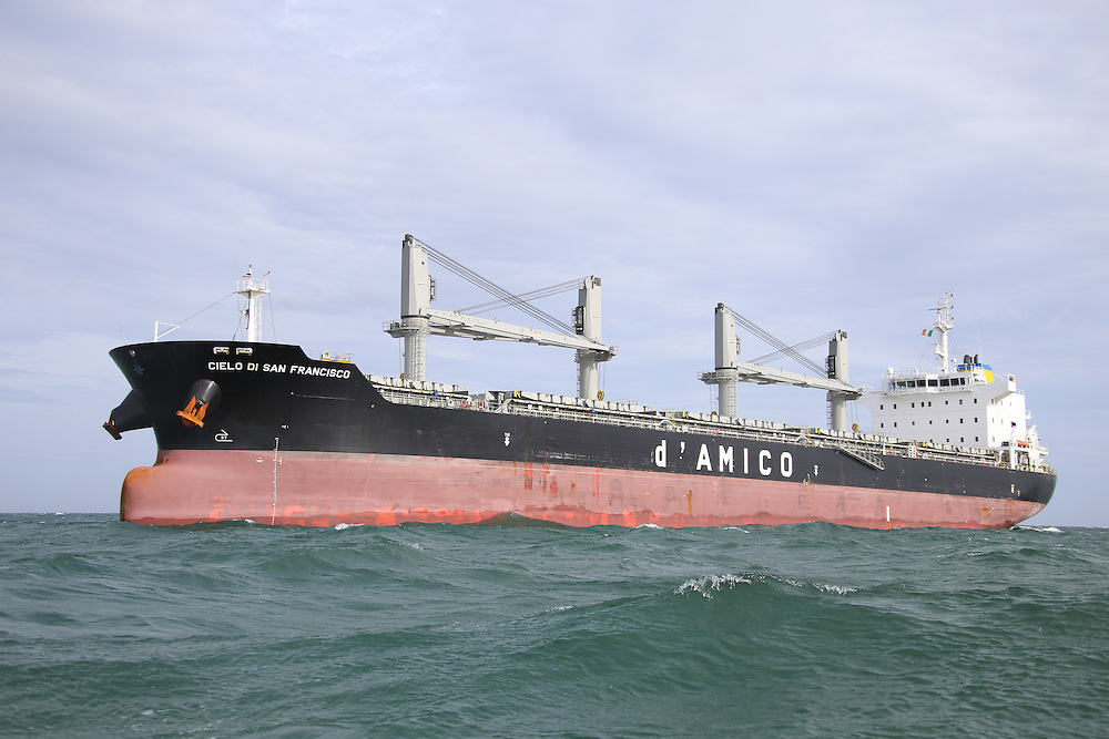 Cielo di San Francisco Bulk Carrier Ship aground on Dublin Bay.