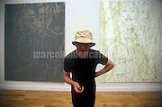 Venice Art Biennale1999. Self-portrait by British artist Gary Hume / Biennale Arte di Venezia 1999. Autoritratto dell'artista inglese Gary Hume - © Marcello Mencarini