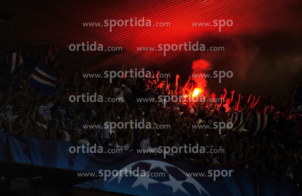24.08.2010, Lugio Ferraris Stadion, Genua, ITA, UEFA CL, Werder Bremen vs Sampdoria Genua, im Bild die Fans von Sampdoria sind schon vor dem Spiel in guter Stimmung,  EXPA Pictures © 2010, PhotoCredit: EXPA/ nph/  Roth+++++ ATTENTION - OUT OF GER +++++ / SPORTIDA PHOTO AGENCY