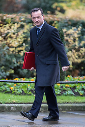 © Licensed to London News Pictures. 28/11/2017. London, UK. Secretary of State for Wales Alun Cairns arrives on Downing Street for the weekly Cabinet meeting. Photo credit: Rob Pinney/LNP