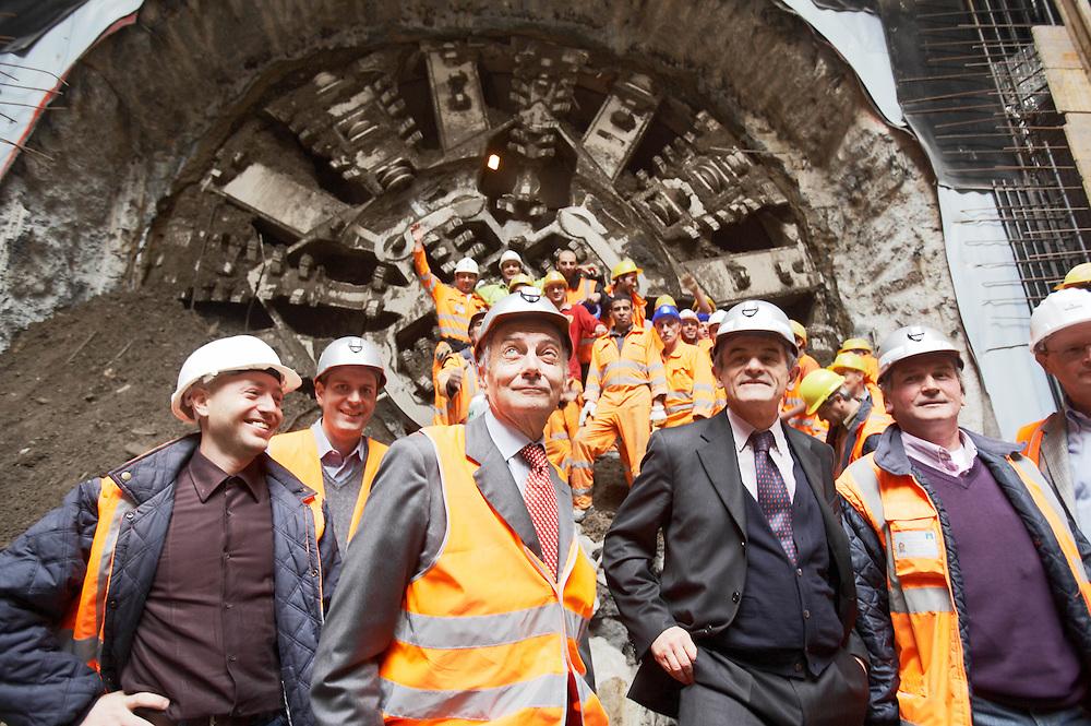 07 OCT 2008 - Torino - Lavori per la Metropolitana Automatica: sfondamento del diaframma alla stazione Nizza. Il sindaco Sergio Chiamparino con Giandomenico Ghella