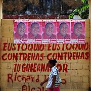 CALABOZO<br /> Estado Guarico - Venezuela 2008<br /> (Copyright © Aaron Sosa)<br /> <br /> Calabozo, oficialmente Villa de Todos los Santos de Calabozo, es una ciudad de Venezuela situada en el estado Guárico, capital del municipio Sebastián Francisco de Miranda y antigua capital del estado. Tiene una población de 325.477 habitantes. Se ubica en el centro-oeste del estado Guárico, es el primer productor de arroz del país, con un 60%. Cuenta con el sistema de riego más grande de Venezuela. Tiene una importante potencialidad por desarrollar, pues es la primera en consumo de bienes y servicios del estado.<br /> Calabozo está situada a 101 msnm, en las márgenes del Río Guárico, en el alto llano central. En el mapa es fácil de encontrar junto a la Represa Generoso Campilongo, una importante obra tanto de su tiempo como en la actualidad.<br /> <br /> Calabozo is situated in the midst of an extensive llano on the left bank of the Guárico River, on low ground, 325 feet above sea-level and 123 miles S.S.W. of Caracas. The plain lies slightly above the level of intersecting rivers and is frequently flooded in the rainy season; in summer the heat is most oppressive, the average temperature being 69 Fahrenheit.<br /> In its vicinity are thermal springs. The principal occupation of its inhabitants is cattle-raising. The town is well built, regularly laid out with streets crossing at right angles, and possesses several fine old churches, a college and public school. It is a place of considerable commercial importance because of its situation in the midst of a rich cattle-raising country.